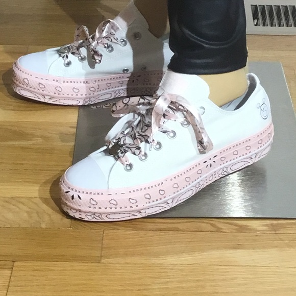 NWT, Fabulous,Miley Cyrus, Converse All ?Sneakers NWT